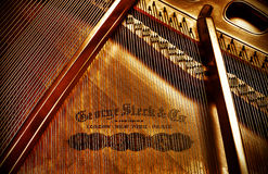 fullständigt george piano Arkivfoton