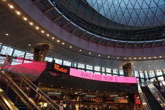 Fulton Center NYC 33. Designed by Grimshaw Architects in collaboration with Arup and worldrenowned designer James Carpenter, who is celebrated for his work with Stock Photo