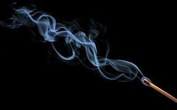 Fumée abstraite sur le noir image libre de droits