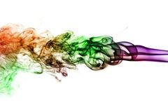 Fumée colorée d'isolement sur le fond blanc Photographie stock libre de droits