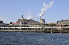 Fumée de cheminée, usine de la Chine Photo stock