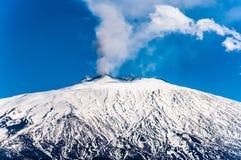 Fumée de l'Etna photo stock