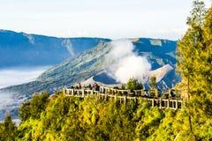 Fumée de volcan de Bromo Images stock