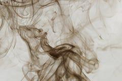 Fumée sur le fond blanc Image libre de droits