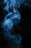 Fumée sur le noir Images libres de droits