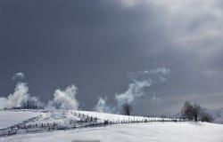 Fuma en el cielo Imagen de archivo