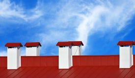 Fumaioli su fondo del cielo Fotografia Stock