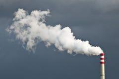 Fumée de cheminée Photos stock