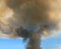 Fumée de feu de broussailles Images libres de droits