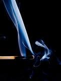 Fume de um fósforo que seja põr apenas para fora Foto de Stock