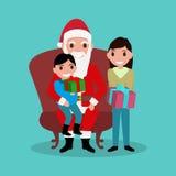 Fumetto Santa Claus che si siede nella sedia con i bambini Immagine Stock Libera da Diritti