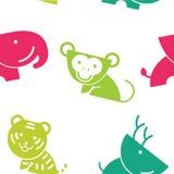 Fumetto senza cuciture adorabile della fauna selvatica del modello nel fondo bianco illustrazione di stock