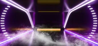 Fumi la stanza straniera moderna futuristica Hall Glowing Purple Violet Yellow che di Sci Fi del fondo dell'astronave della nebbi illustrazione vettoriale