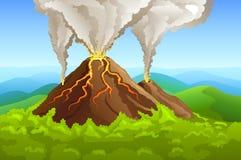 Fuming vulkaan onder groen bos Royalty-vrije Stock Fotografie