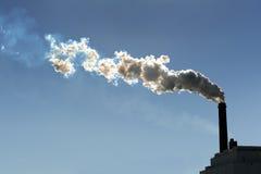 Fumo Billowing do Smokestack Fotografia de Stock