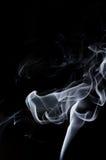 Fumo branco no fundo preto, fumo branco no fundo preto, fundo do fumo, fundo branco da tinta, fundo do fumo, beautifu Imagens de Stock