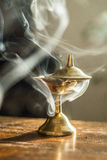 Fumo da lâmpada de óleo fotografia de stock royalty free