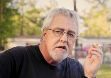 Fumo del figlio del baby boom Fotografie Stock Libere da Diritti