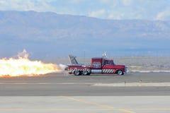 Fumo della fiamma del camion del getto di Chevy immagine stock libera da diritti