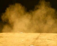 Fumo e polvere fotografie stock libere da diritti