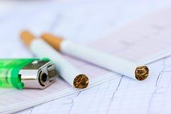 Fumo ou saúde Fotos de Stock Royalty Free