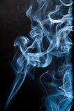Fumo Wispy immagine stock