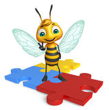 Fun Bee cartoon character  with puzzle Royalty Free Stock Image