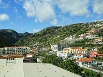Funchal d'avvicinamento dall'aeroporto sull'isola della Madera fotografie stock