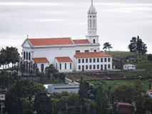 Funchal es la capital de la isla de Madeira aquí están muchas iglesias en la ciudad y las vecindades Imágenes de archivo libres de regalías