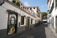 Funchal i madeiragatasikt royaltyfri foto