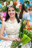 Funchal madeira - April 20, 2015: En härlig ung kvinna i madeirablommafestivalen 2015 Royaltyfria Bilder