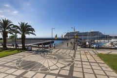 FUNCHAL, PORTUGAL - 25. JUNI: Funchal-Stadt zur Sommerzeit im Juni Lizenzfreies Stockfoto