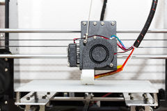 funcionamento do mecanismo da impressora 3d Fotos de Stock Royalty Free
