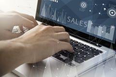 funcionamento do techie das vendas fotos de stock royalty free