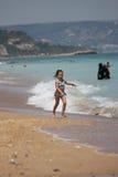 Funcionamento na praia Fotos de Stock Royalty Free