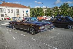 Funcionamiento americano clásico del coche Fotografía de archivo