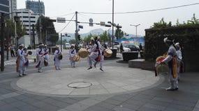Funcionamiento coreano de la danza tradicional Imagen de archivo libre de regalías