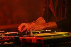 Funcionamiento de DJ Fotografía de archivo libre de regalías