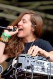 Funcionamiento de Jessy Lanza (compositor, productor y vocalista electrónicos canadienses) en el festival del sonar Imagen de archivo libre de regalías