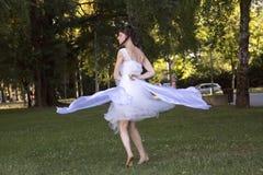 Funcionamiento de la danza del aire abierto Foto de archivo libre de regalías