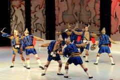 Funcionamiento de la danza popular del hombre Foto de archivo libre de regalías