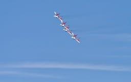 Funcionamiento de la demostración del grupo de la aviación de acrobacias aéreas Milita Foto de archivo libre de regalías