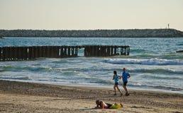 Funcionamiento de la playa fotos de archivo