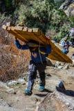 Funcionamiento de Sherpa Himalaya Imagen de archivo libre de regalías