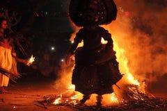 Funcionamiento de Theyyam foto de archivo libre de regalías