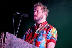 Funcionamiento de Volcano Choir (banda de rock americana del indie de Wisconsin) en el festival 2014 del sonido de Heineken Prima Imagenes de archivo