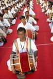 Funcionamiento del grupo de la música tradicional india imagen de archivo libre de regalías