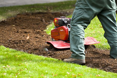 Funcionamiento del jardinero Fotografía de archivo libre de regalías