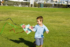 Funcionamiento del muchacho Imágenes de archivo libres de regalías
