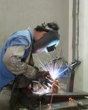 Funcionamiento del soldador Foto de archivo